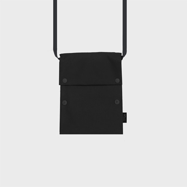 [공장] Two button book pouch cross_Black